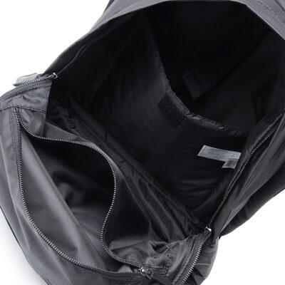 イーストパックのバックパック詳細